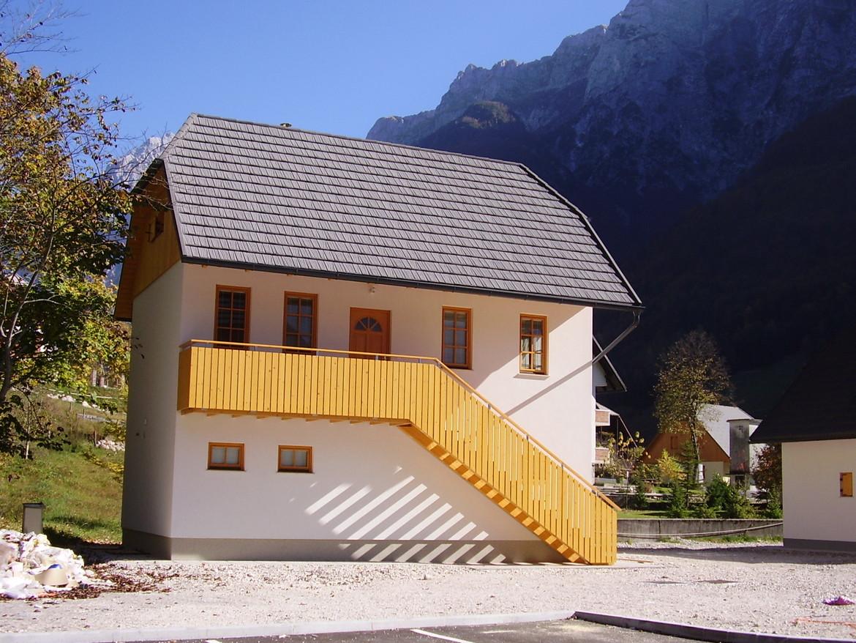 GERARD Corona Dark Silver Posocje, Słowenia